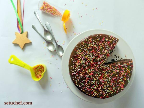 Pastel de chocolate ligero y esponjoso. Receta.