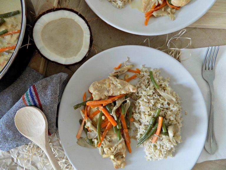 Pollo con arroz basmati y leche de coco