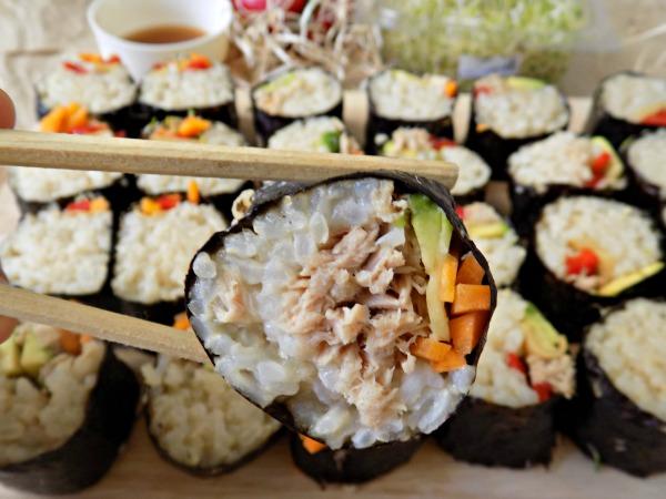 Cómo hacer sushi sin esterilla. Receta.